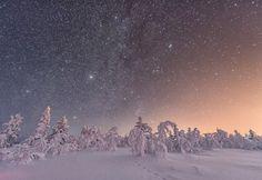 Amazing Winter Night Sky | Photography by ©Niccolo Ubalducci