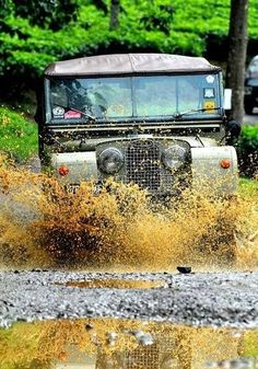 18 Best land rover poster images  7ff37ae7db7e8