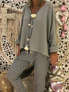 going out outfits New Grey Long Sleeve V-neck Casual Sweet Going out Pullover Sweater Club Outfits For Women, Trendy Outfits, Cool Outfits, Fashion Outfits, Clothes For Women, Womens Fashion, Fashion 2017, Look Fashion, Urban Fashion