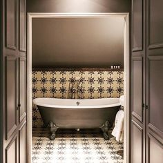 Here at Bert & May we love all things starry! Our new Luna collection is inspired by our starred tiles such as the pradena and, shown here,… Interior Window Trim, Black Interior Doors, Bathroom Trends 2017, Downstairs Toilet, Family Bathroom, Bathroom Ideas, Building A New Home, Clawfoot Bathtub, Home Interior Design
