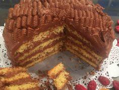 Κέικ γεμιστό με πραλίνα! Μια φανταστική συνταγή