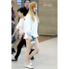 via   1_n_only_kty instagram #taeyon #taengoo #snsd #airportfashion
