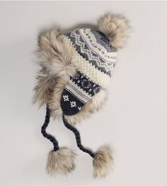 American Eagle AEO Fair Isle Trapper Hat umm cute!! I wonder when this came out??