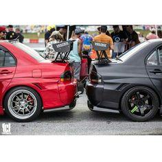 Clash of the Evo's Slammed Cars, Jdm Cars, Evo 8, Mitsubishi Lancer Evolution, Japan Cars, Mercedes Benz Cars, Car Engine, Modified Cars, Sexy Cars