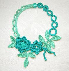 Shadow mint flowers crochet necklace. by agatsknitting on Etsy