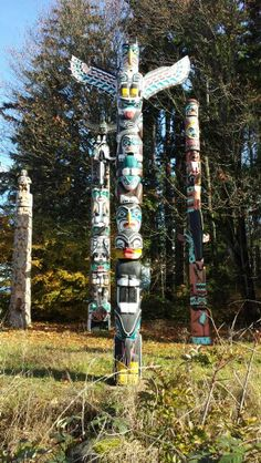 I am defiantly getting a totem pole when i buy a house!