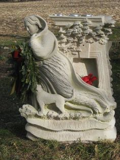 Grave Marker- Lynn Redgrave (1943 - 2010) Actress.  Burial: Saint Peter's Episcopal Cemetery Lithgow Dutchess County New York, USA