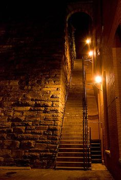 Discover The Exorcist Stairs in Washington, D.: Site of the climactic scene from the classic horror film. Most Haunted Places, Spooky Places, Places In America, Dc Travel, The Exorcist, Filming Locations, Historical Sites, Washington Dc, Georgetown Washington