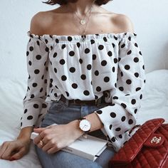 Streetwear Mode, Streetwear Fashion, 90s Fashion, Fashion Outfits, Fashion Rings, Fashion Tips For Women, Womens Fashion, Polka Dot Crop Tops, Style Vintage