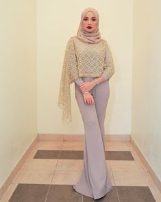 """79.4k Likes, 751 Comments - Noor Neelofa Mohd Noor (@neelofa) on Instagram: """"Don't be afraid to sparkle a little brighter  . This is how you rock the casual glam look. Gold…"""""""