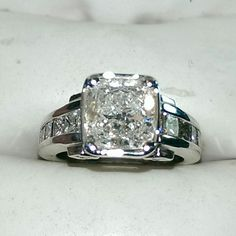 2.80 carat diamond engagement ring set in 14k white gold