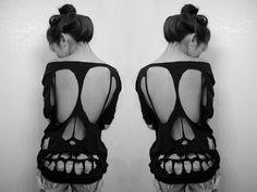 skull+cut+out+shirt.jpg (500×375)