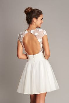 Civil Wedding Dresses, Bridal Dresses, Xv Dresses, Fashion Dresses, Wedding Rehearsal Outfit, Beach Wedding Shoes, Courthouse Wedding, Frocks, Evening Gowns