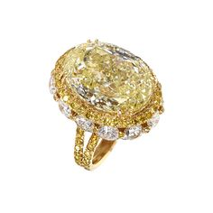 Rosamaria G Frangini | High Yellow Jewellery | Yellow and White Diamond Ring by  Moussaieff