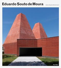 This definitive monograph is a comprehensive account of the Portuguese architect's 30 year career and features more than 100 projects including best known works.