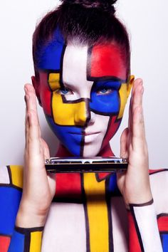 The Lure of My Luscious Lips. Body Painting, Graphic Makeup, Simple Makeup Tips, Piet Mondrian, Art Costume, Piercings, Girl Photo Poses, Photo Makeup, Makeup Photography
