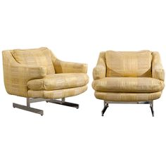 Fantastic Pair of Milo Baughman for Directional Lounge/Club Chairs