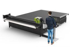 Esko lance une table de découpe avec une surface de travail de 15m2