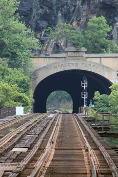 Harpers Ferry Tunnel (by Kevin Reeves)