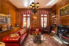 This 5 bedrooms town house in East 64th Street is now on the market. Contact us today to arrange a viewing.