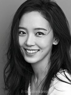 강한나 Kang Han na 姜汉娜 Girl Face, Woman Face, Great Smiles, Real Model, Aesthetic People, Model Face, Face Expressions, Jolie Photo, Korean Actresses