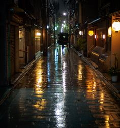 Rainy night 宮川町 miyagawacho KYOTO JAPAN
