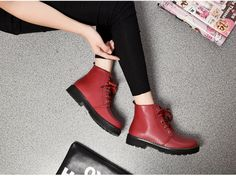 Women's Round Toe Lace-up Plush Boots | Upper Material: PU Outsole Material: Rubber Heel height: 5 cm Color: Black, Burgundy Cylinder height: 10cm #omgnb #boot #lace-upboot