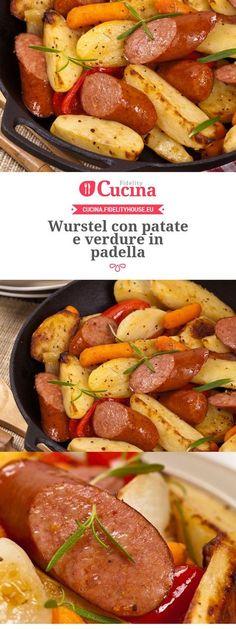 Wurstel con patate e verdure in padella Sausage Recipes, Cooking Recipes, Healthy Recipes, Food Humor, Polenta, Frankfurt, Food Photo, Italian Recipes, Food Inspiration