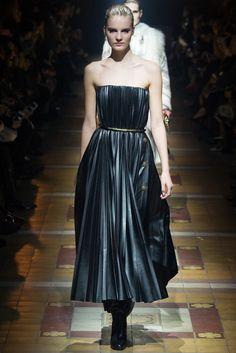 Lanvin - Paris Fashion Week - Otoño Invierno 2014/2015 - Fashion Runway