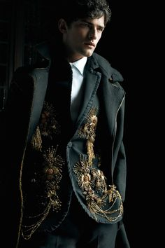 The Darkling, The Grisha Trilogy by Leigh Bardugo Sean O'pry, Mode Baroque, The Darkling, Character Inspiration, Style Inspiration, The Grisha Trilogy, High Fashion, Mens Fashion, Baroque Fashion