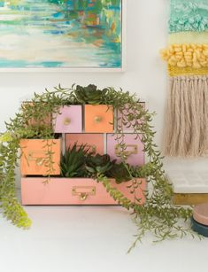 plant styling - Oh Joy! Unique Plants, Large Plants, Indoor Trees, Indoor Plants, El Canton, Plant Shelves, Hanging Plants, Small Groups, Color Inspiration