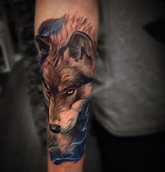 Top 69 wolf tattoos for the Gymer - Tattoos (colour) - Wolf Tattoos, Coy Fish Tattoos, Wolf Tattoo Back, Small Wolf Tattoo, Wolf Tattoo Sleeve, Skull Tattoos, Animal Tattoos, Body Art Tattoos, New Tattoos