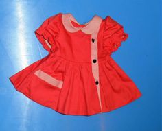 aeltere-Puppenkleidung-Puppenkleid-lachsfarben