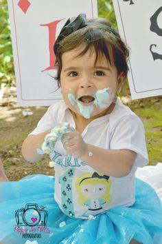 Smash The Cake Larissa 1 Aninho