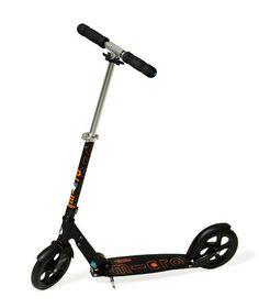 Micro Scooter'ların yeni ve güçlü tasarımı ile yüksek hıza ulaşın.