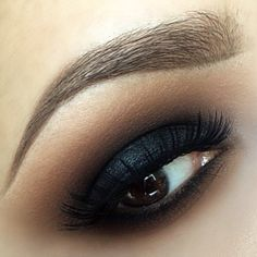 Sexy smokey eyes and perfect eye brow-need to learn this