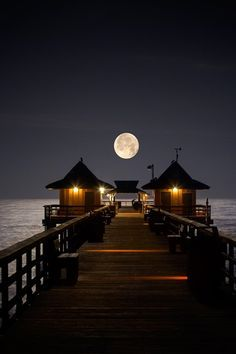 Lived near there and would like to visit again. Beautiful. Naples Pier Naples, Florida
