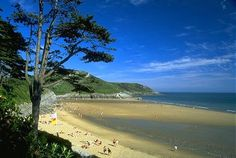 2 Bedroom Chalet in Gower to rent from pw, within 15 mins walk of a Golf course. Also with TV and DVD. Swansea Bay, Swansea Wales, Best Of Wales, South Wales, Wales Uk, British Beaches, Gower Peninsula, Visit Wales, Holiday Lettings
