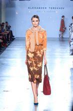 Alexander Terekhov - Cycles by MasterCard - Ready-To-Wear - Осень-зима 2012-2013 - Коллекции - Журнал VOGUE  dress+sweater