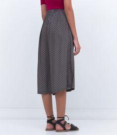 Calça feminina  Modelo pijama  Estampada  Marca: Blue Steel  Tecido: viscose  Composição: 100% viscose  Modelo veste tamanho: 36       Medidas da Modelo:     Altura: 1,71  Busto: 84  Cintura: 61  Quadril: 88       COLEÇÃO INVERNO 2016     Veja outras opções de    calças femininas.