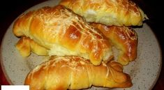 Érdekel a receptje? Kattints a képre! Ital Food, Hungarian Recipes, Hungarian Food, Bread Baking, Hot Dog Buns, Muffin, Food And Drink, Cheese, Homemade