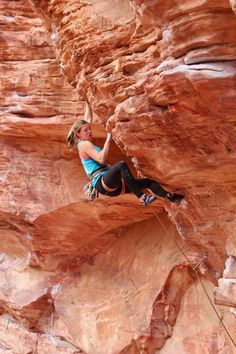 Have I discovered a new, beloved activity? How does one reconcile the desire to climb with a serious fear of heights?
