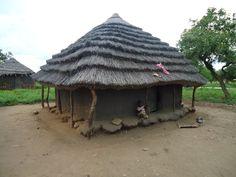 Uganda huts of pakwach (7)