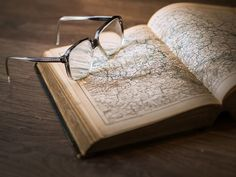 3 top free map websites for family history! Map Websites, Atlas Book, Ap Human Geography, Way To Make Money, How To Make, Study Tips, Study Abroad, Textbook, Good Books
