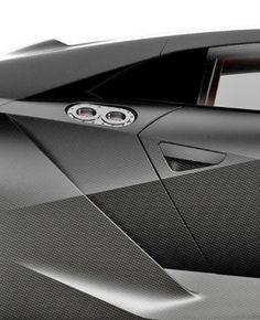 Lamborghini Aventador  //  black carbon matte car design carbon origami transport geometric sharp detail part line triangle  //  nero opaco carbonio auto sportiva mezzo trasporto geometrico spigoloso dettaglio linea divisione triangolo