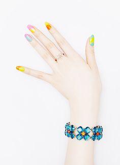Pretty Painted Fingers & Toes Nail Polish  Serafini Amelia  Colorful