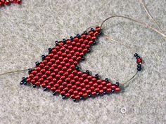 Tutorial- Russian Leaf- listek z koralików Beaded Earrings, Beaded Jewelry, Crochet Earrings, Beading Projects, Beading Tutorials, Peyote Patterns, Beading Patterns, Beaded Boxes, Beading Techniques