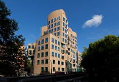 Dr Chau Chak Wing Building, Sydney, 2014 - Gehry Partners LLP