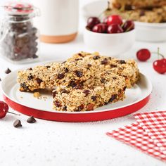 Barres tendres cerises et chocolat - Les recettes de Caty Chips, Krispie Treats, Muffins, Lunch, Sugar, Homemade, Snacks, Cookies, Breakfast