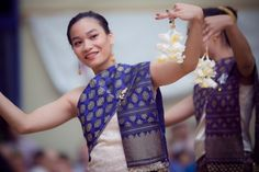 Traditional Lao dancing - Our cousin Manilay's Wedding